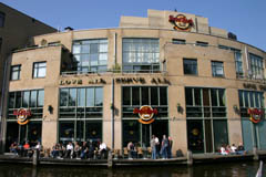 hard rock cafe in amsterdam. Black Bedroom Furniture Sets. Home Design Ideas