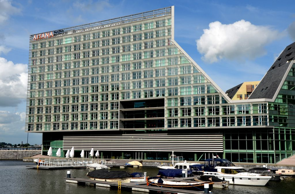 Design hotels in amsterdam for Design hotel amsterdam