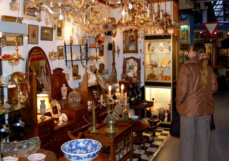 Antiekcentrum In Amsterdam Antique Center Amsterdam Info