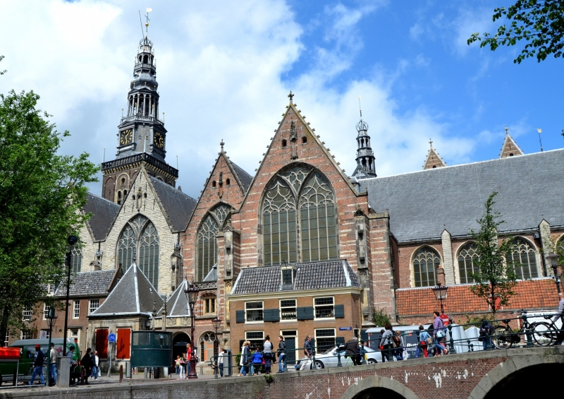 What to see in amsterdam top ten attractions amsterdamfo oude kerk sciox Image collections