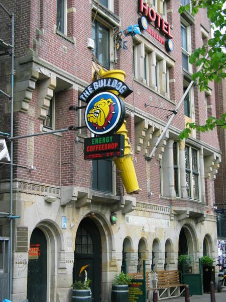 Coffeeshop The Bulldog In Amsterdam Centre